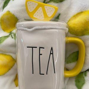 Rae Dunn Tea mug with Lemon topper New HTF